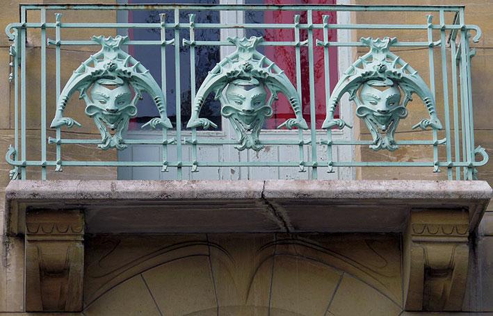 Art Nouveau Castel Beranger